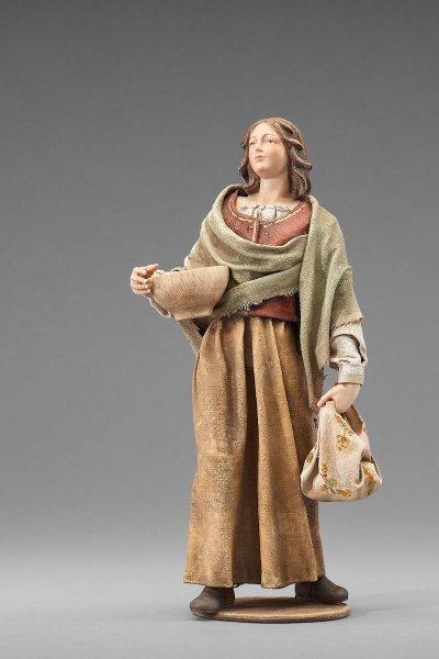 Frau mit Schale und Tasche als Krippenfigur von der Rustika Krippe von Heide
