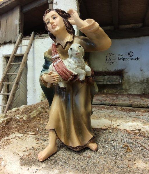 Hirte mit Lamm und Hand am Ohr als Krippenfigur
