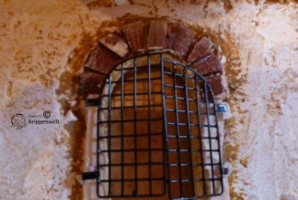 Fenstergitter als Krippenzubehör