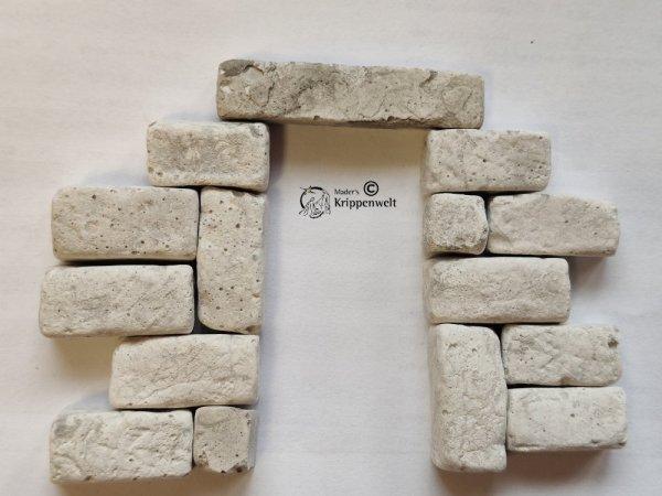 Steinquader als Tür oder Fenstersturz