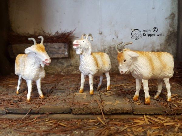 passende Ziegen aus Ton handbemalt