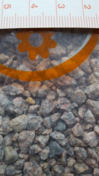grober grauer Kies für ihre Landschaftsgestaltung