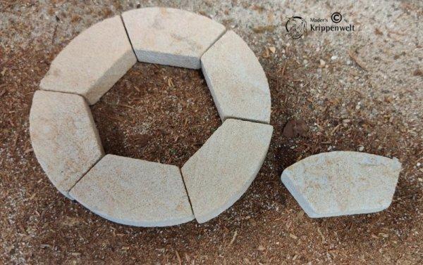 Krippen - Baumaterial konische Sandsteine