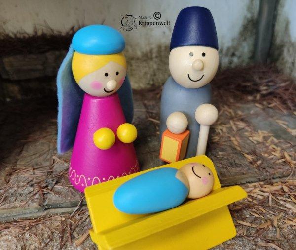 Krippenfiguren aus Holz speziell für Kinder