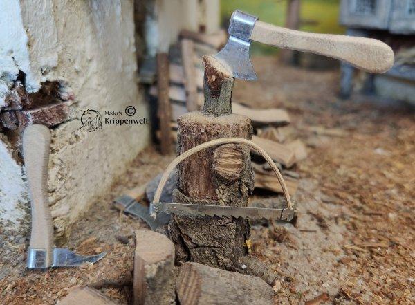Werkzeugset als Krippenzubehör