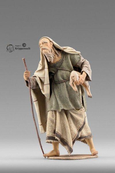 Hirte mit Lamm als Krippenfigur von der Immanuel Krippe von Heide