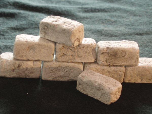 rechteckige Bausteine für den Krippenbau