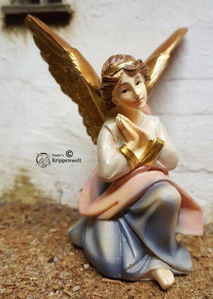 knieender und betender Engel als Weihanchtskrippenfigur