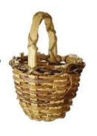 Holzkorb als Weihnachtskrippendekoration