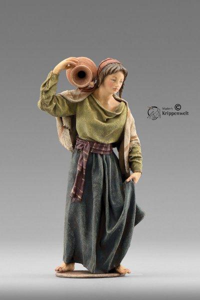 Frau mit Krug als Krippenfigur von der Immanuel Krippe von Heide