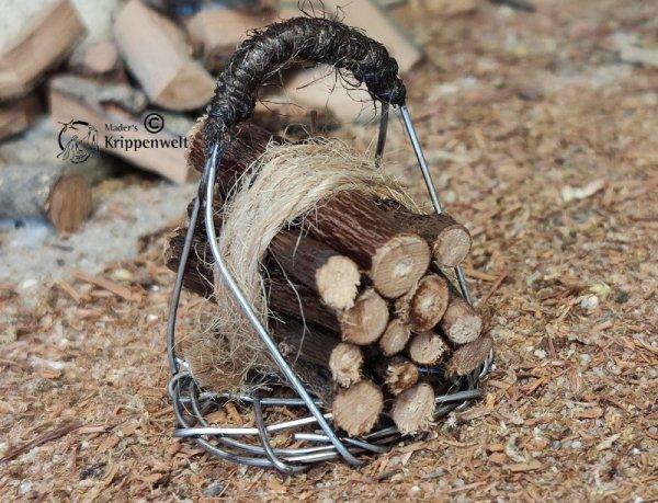 Holzkorb als Weihnachtskrippenzubehör